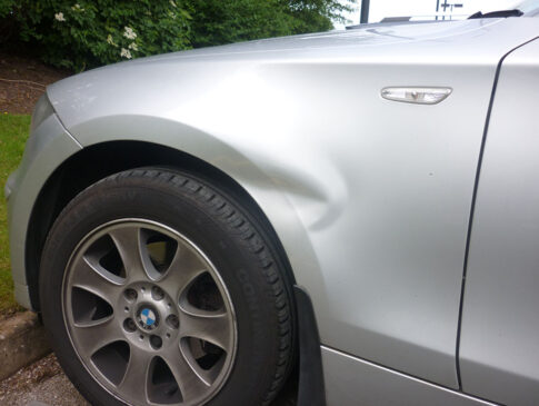 Front Wing Dent 3 (BMW 1 Series Before)